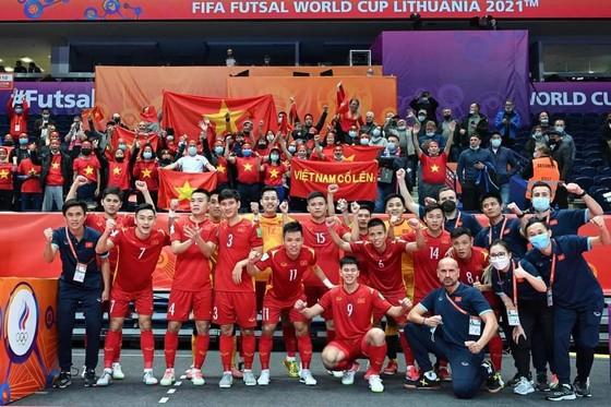 Đội tuyển futsal Việt Nam về nước, khép lại kỳ futsal World Cup 2021 thành công ảnh 1