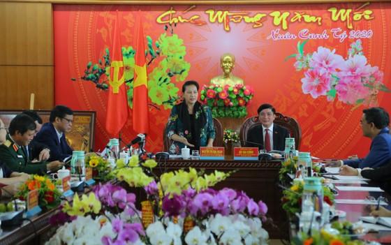Chủ tịch Quốc hội Nguyễn Thị Kim Ngân:  Không để đồng bào vùng sâu, vùng xa không có tết ảnh 1