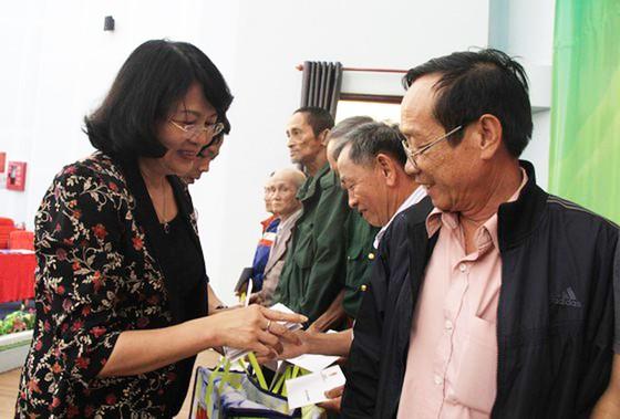 Phó Chủ tịch nước Đặng Thị Ngọc Thịnh thăm, chúc Tết tại Đắk Nông ảnh 3