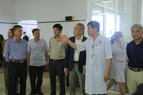 Đắk Lắk thành lập khu cách ly tiếp nhận khám bệnh nhân viêm nhiễm đường hô hấp ảnh 1