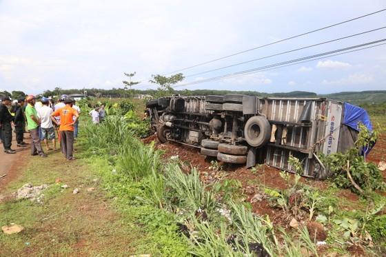Vụ xe tải lao vào chợ: Khởi tố, bắt tạm giam tài xế gây tai nạn liên hoàn ảnh 2