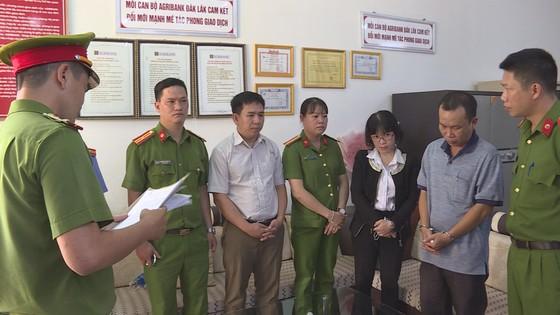 Bắt tạm giam nguyên lãnh đạo, cán bộ Agribank tại Đắk Lắk ảnh 1