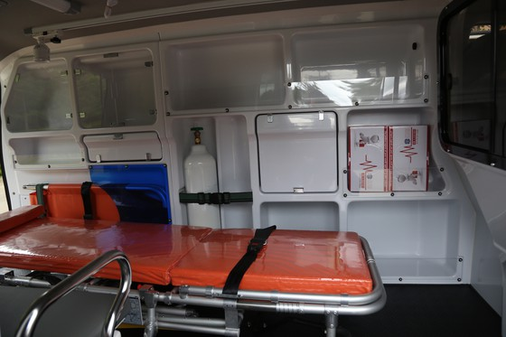 Trường Sĩ quan Lục quân 2 và Công ty Xuyên Việt Oil tặng xe cứu thương cho Trung tâm y tế huyện Lắk ảnh 2