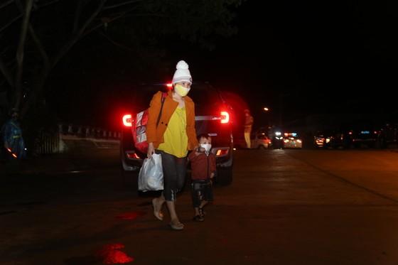 Đồng Nai hộ tống 900 công nhân đi xe máy về Đắk Lắk ảnh 5