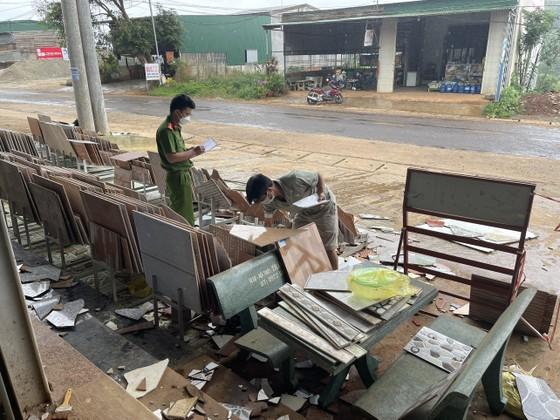 Triệu tập nhiều đối tượng đánh, đập phá tài sản người dân ở Đắk Nông ảnh 1