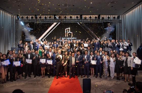 Dự án Cam Ranh Bay Hotels & Resorts giành nhiều giải thưởng quốc tế của tạp chí Dot Property  ảnh 2