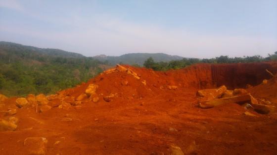 Phát hiện nhiều điểm khai thác đá trái phép ở Gia Lai ảnh 1