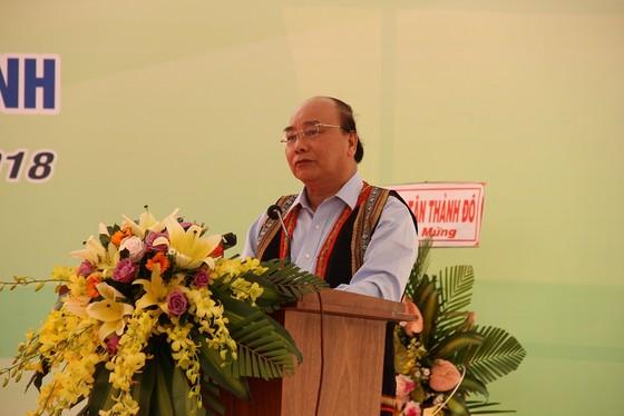 Thủ tướng Nguyễn Xuân Phúc dự khánh thành trung tâm nghiên cứu sâm Ngọc Linh ảnh 4