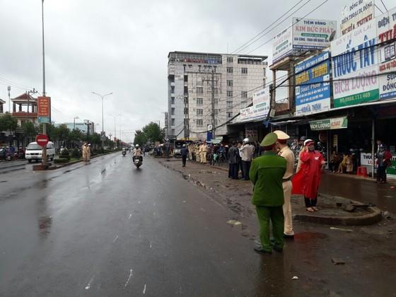 Vụ xe khách tông liên hoàn tại Gia Lai: Thêm nạn nhân tử vong ảnh 1