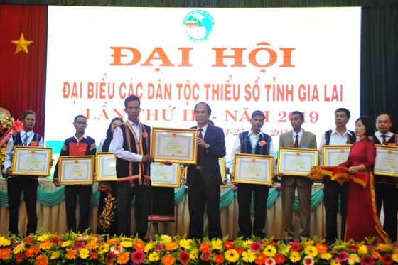 Phó Thủ tướng Trương Hòa Bình: Cần quan tâm bảo tồn, phát huy văn hóa đặc sắc của mỗi dân tộc ảnh 3