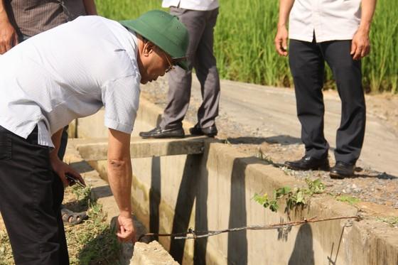 Thủy lợi hơn trăm tỷ tan nát: Cần thêm 60 tỷ đồng để đưa nước vào ruộng   ảnh 1