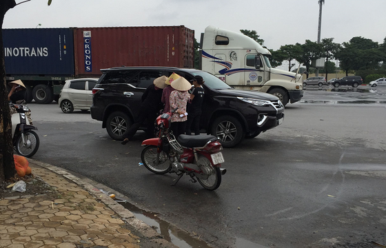 Giá vé chợ đen trận Việt Nam - Malaysia gấp 5 lần giá gốc  ảnh 2