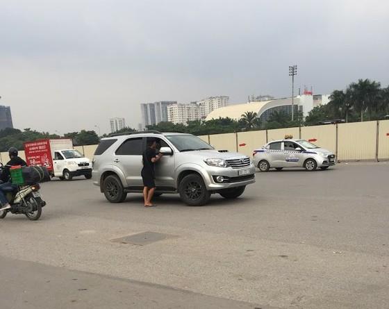Vé chợ đen Việt Nam - Thái Lan tăng phi mã ảnh 1
