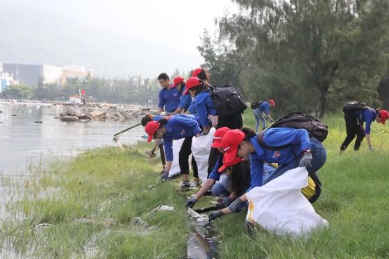 2.000 người tham gia chiến dịch ra quân Làm sạch biển ảnh 5