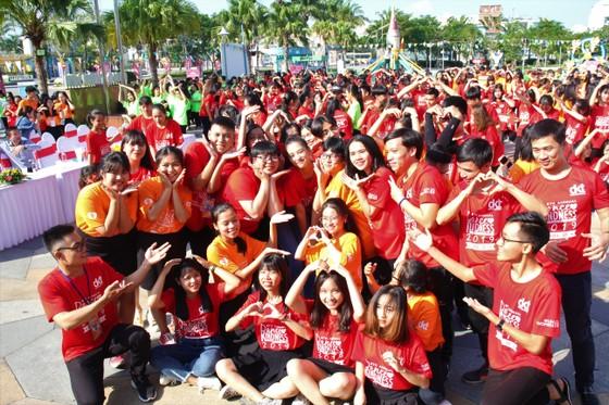 """Hơn 1000 thanh niên Đà Nẵng tham gia """"Nhảy! Vì sự tử tế"""" ảnh 4"""