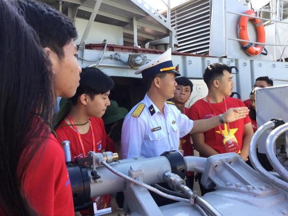 """1.000 thanh niên Đà Nẵng hưởng ứng hành trình """"Tôi yêu tổ quốc tôi"""" ảnh 3"""