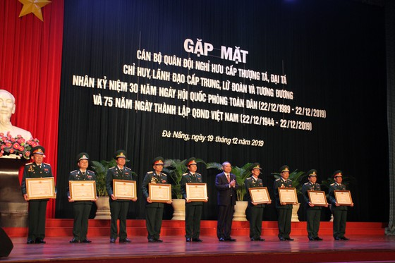 Đà Nẵng gặp mặt các sĩ quan cấp tá nghỉ hưu ảnh 2