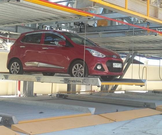 Bắt đầu thu phí bãi giữ xe thông minh đầu tiên tại Đà Nẵng ảnh 6