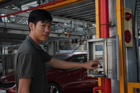 Bắt đầu thu phí bãi giữ xe thông minh đầu tiên tại Đà Nẵng ảnh 5