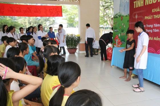 Tổ chức tư vấn, khám chữa bệnh, cấp phát thuốc miễn phí cho trẻ em mồ côi tại TP Đà Nẵng ảnh 3