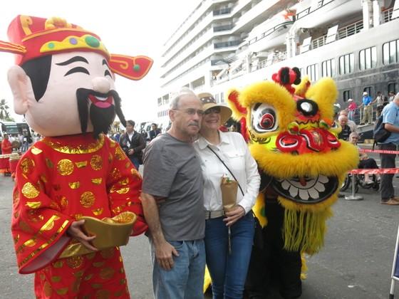 1250 du khách quốc tế xông đất thành phố Đà Nẵng bằng đường tàu biển ảnh 2