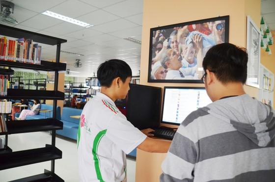 Đà Nẵng: Nghỉ học vì nCoV, sinh viên Đại học Đông Á học online ảnh 1