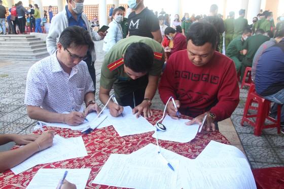 Đà Nẵng tiếp nhận hơn 450 đơn vị máu tại Ngày hội 'Hiến máu tình nguyện' ảnh 2