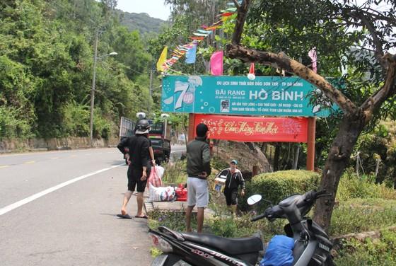 Giải tán tụ tập đông người tại bán đảo Sơn Trà ảnh 3