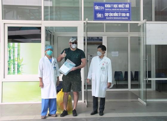 Bệnh nhân thứ 4 mắc Covid-19 tại Đà Nẵng được xuất viện ảnh 1