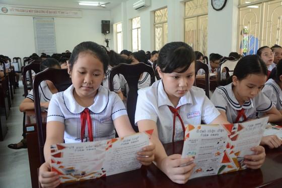 Học sinh Đà Nẵng tiếp cận chương trình 'Nói không với Fake News'' ảnh 2