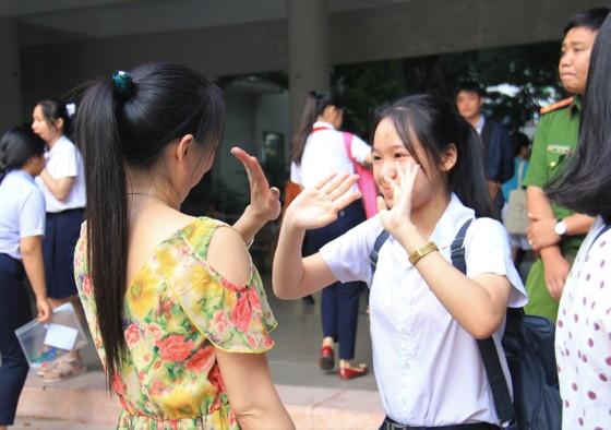 Hơn 13.000 học sinh Đà Nẵng bước vào môn thi đầu tiên kỳ thi tuyển sinh lớp 10 ảnh 3