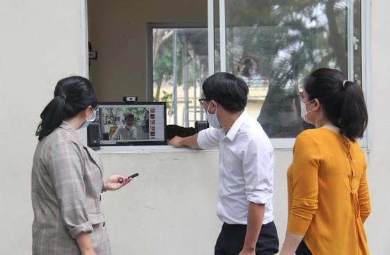 Đà Nẵng: 100% học sinh dự thi tốt nghiệp THPT nghiêm túc thực hiện quy định phòng chống dịch Covid-19 ảnh 1