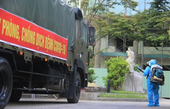 50 tấn hàng hóa phục vụ phòng chống dịch Covid-19 đến Đà Nẵng ảnh 3