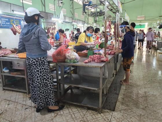 Đà Nẵng: Ngày đầu đi chợ bằng thẻ theo ngày chẵn lẻ ảnh 10