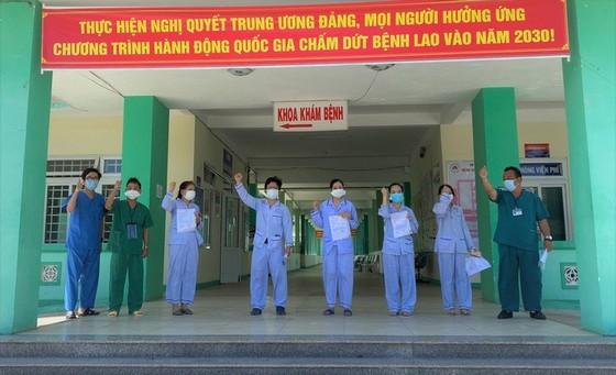 Đà Nẵng: 9 bệnh nhân mắc Covid-19 được xuất viện ảnh 1