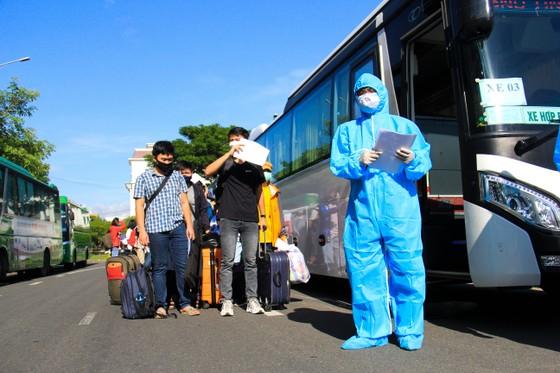 Đưa hơn 700 người Quảng Ngãi tại Đà Nẵng về quê ảnh 15