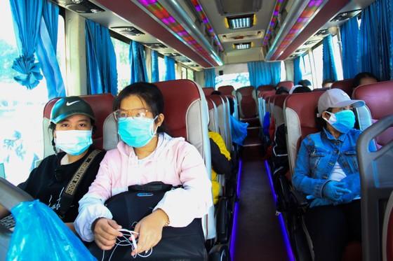 Đưa hơn 700 người Quảng Ngãi tại Đà Nẵng về quê ảnh 21