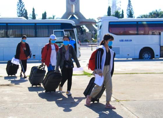 Đưa hơn 700 người Quảng Ngãi tại Đà Nẵng về quê ảnh 12