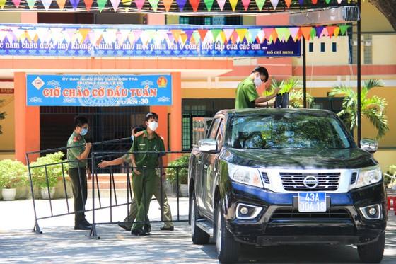 Gần 2.200 người nước ngoài được xét nghiệm Covid-19 tại quận Sơn Trà ảnh 15
