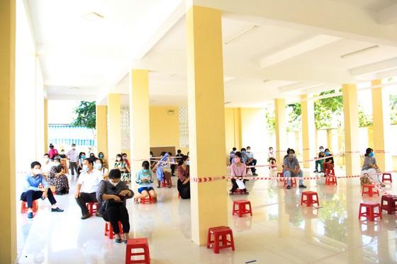 Lãnh đạo TP Đà Nẵng kiểm tra các điểm thi tốt nghiệp THPT năm 2020 đợt 2 ảnh 5