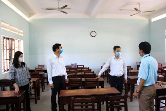 Lãnh đạo TP Đà Nẵng kiểm tra các điểm thi tốt nghiệp THPT năm 2020 đợt 2 ảnh 6