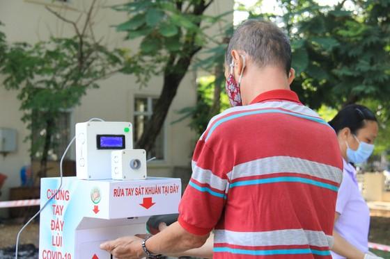 Đà Nẵng thực hiện sớm xét nghiệm SARS-CoV-2 diện rộng theo hộ gia đình ảnh 5