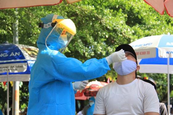Đà Nẵng thực hiện sớm xét nghiệm SARS-CoV-2 diện rộng theo hộ gia đình ảnh 19