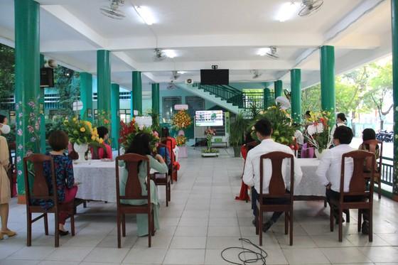 Khai giảng trực tuyến tại vùng tâm dịch ảnh 2