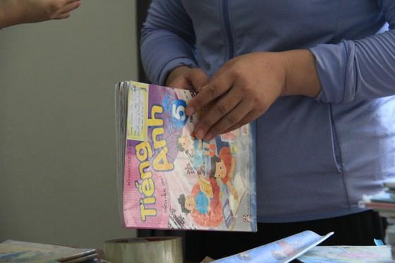 """Nhiều mô hình """"chia sẻ"""" sách giúp đỡ học sinh khó khăn ảnh 4"""