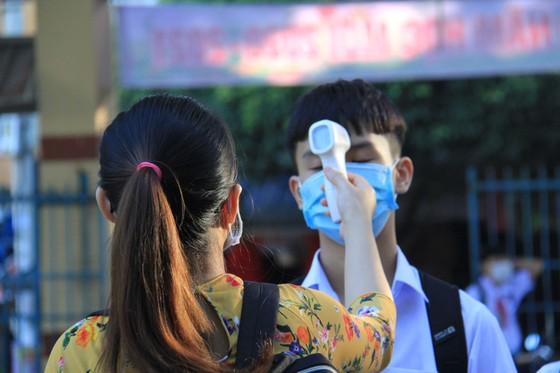 Học sinh Đà Nẵng đi học trở lại sau thời gian giãn cách do Covid-19 ảnh 3