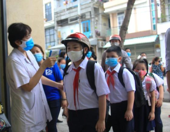 Đà Nẵng: Học sinh tiểu học, trẻ mầm non quay lại trường sau dịch bệnh ảnh 2