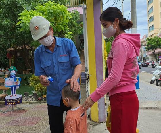 Đà Nẵng: Học sinh tiểu học, trẻ mầm non quay lại trường sau dịch bệnh ảnh 12