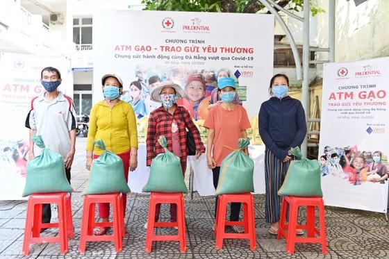 'ATM gạo - Trao gửi yêu thương' hỗ trợ người dân khó khăn tại Đà Nẵng ảnh 4