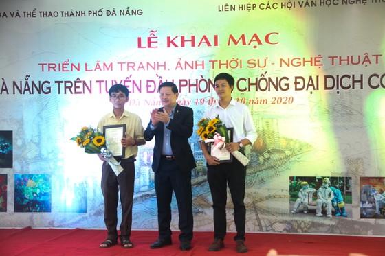 Khai mạc triển lãm 'Đà Nẵng trên tuyến đầu phòng, chống đại dịch Covid-19' năm 2020 ảnh 3